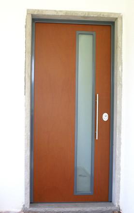 Portas exteriores para moradias